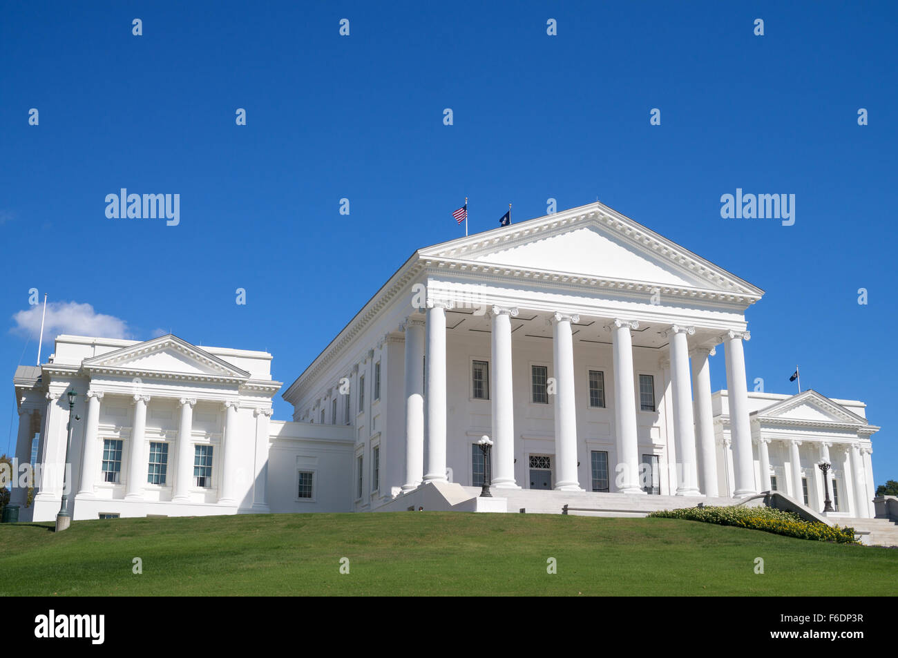 virginia-state-capitol-building-in-richm