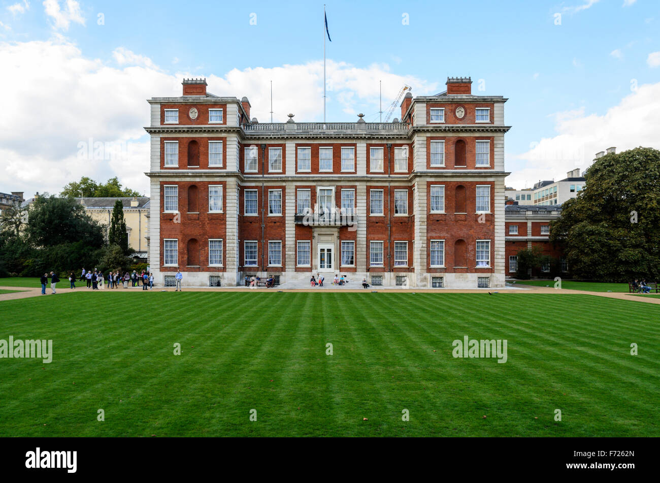 Marlborough House, the home of the Commonwealth Secretariat, Westminster, London, England, UK. - Stock Image