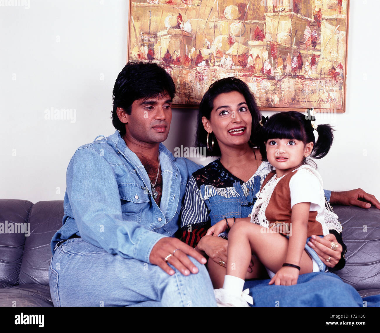 indian film actor sunil shetty with wife mana shetty and