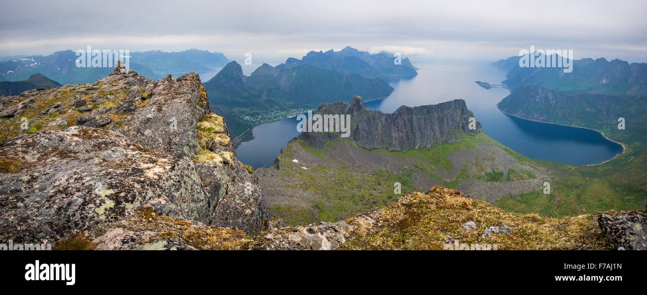 Grytetippen views, Senja. - Stock Image
