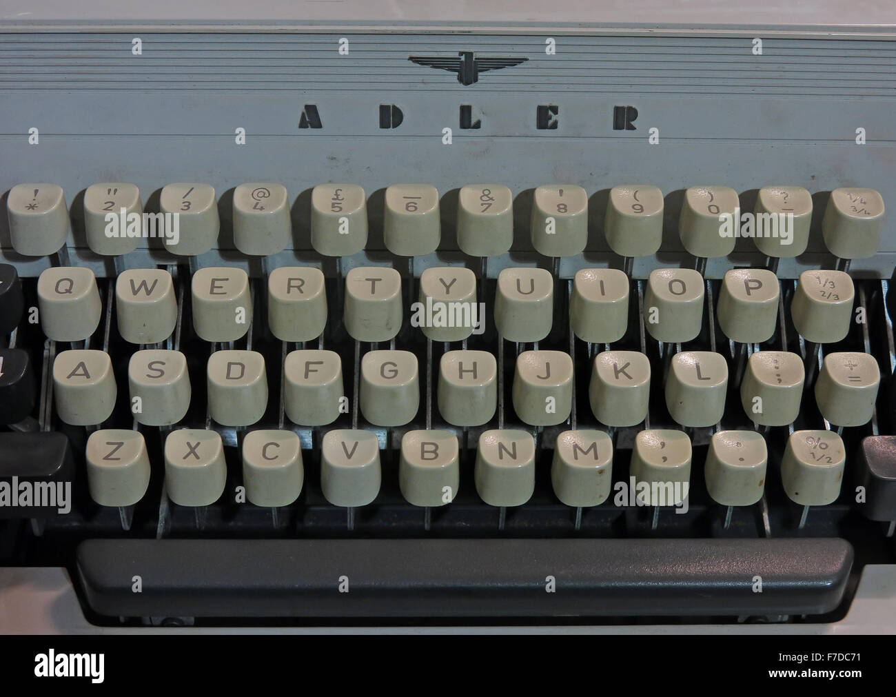 busines,letter,office,work,machine,technology,old,obsolete,tech,keys,keyboard,key,querty,retro,typed,azerty,vintage,brand,Gabriele,typewriter,author,tool,of,the,trade,Olivetti,company,TA,Royal,logo,old technology,Obsolete Technology,Tool,of,the,trade,GoTonySmith,Buy Pictures of,Buy Images Of