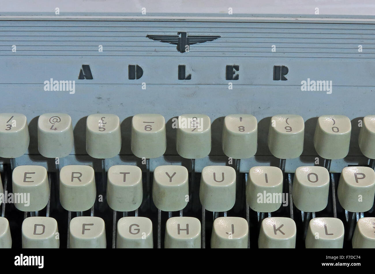 busines,letter,office,work,machine,technology,old,obsolete,tech,keys,keyboard,key,querty,retro,typed,azerty,vintage,brand,Gabriele,typewriter,author,tool,of,the,trade,Olivetti,company,TA,Royal,logo,old technology,Obsolete Technology,Tool,of,the,trade,Adler Logo,GoTonySmith,Buy Pictures of,Buy Images Of