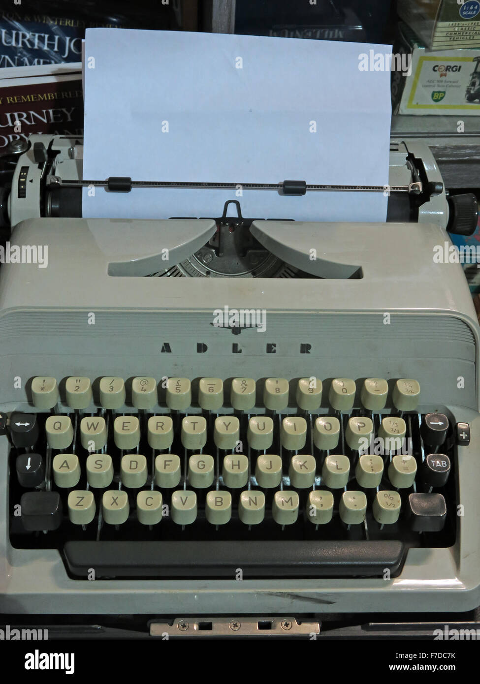 busines,letter,office,work,machine,technology,old,obsolete,tech,keys,keyboard,key,querty,retro,typed,azerty,vintage,brand,Gabriele,typewriter,author,tool,of,the,trade,Olivetti,company,TA,Royal,with,paper,sheet,words,old technology,Obsolete Technology,Tool,of,the,trade,sheet of paper,GoTonySmith,Buy Pictures of,Buy Images Of