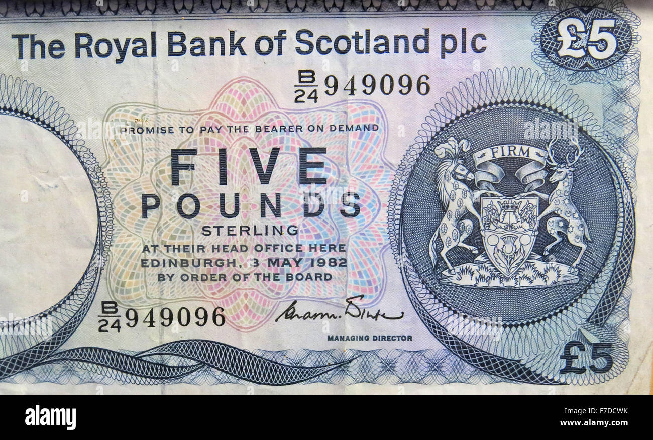 RBOS,RBS,five,pound,Edinburgh,ltd,Limited,Banknote,Yearbook,reference,SC817,legal,tender,sterling,blue,fiver,firm,949096,promise,to,pay,bearer,on,demand,money,cash,paper,history,historic,antique,Royal,Bank,Of,Scotland,PLC,£5,note,1972,to,1981,UK,banker,bankers,Royal Bank,Bank Of Scotland,GoTonySmith,amount,bill.bills,GB,UK,Great,British,Britain,United,Kingdom,business,capitalism,cash,commercial,currencies,currency,paper,pounds,quid,quids,save,saves,savings,scotch,scotland,scottish,sterling,supply,system,tender,Buy Pictures of,Buy Images Of,Scots Money,Scottish Money,Scotland Money,5 pound note,Five Pound Note,Scotlands History,Scotlands History
