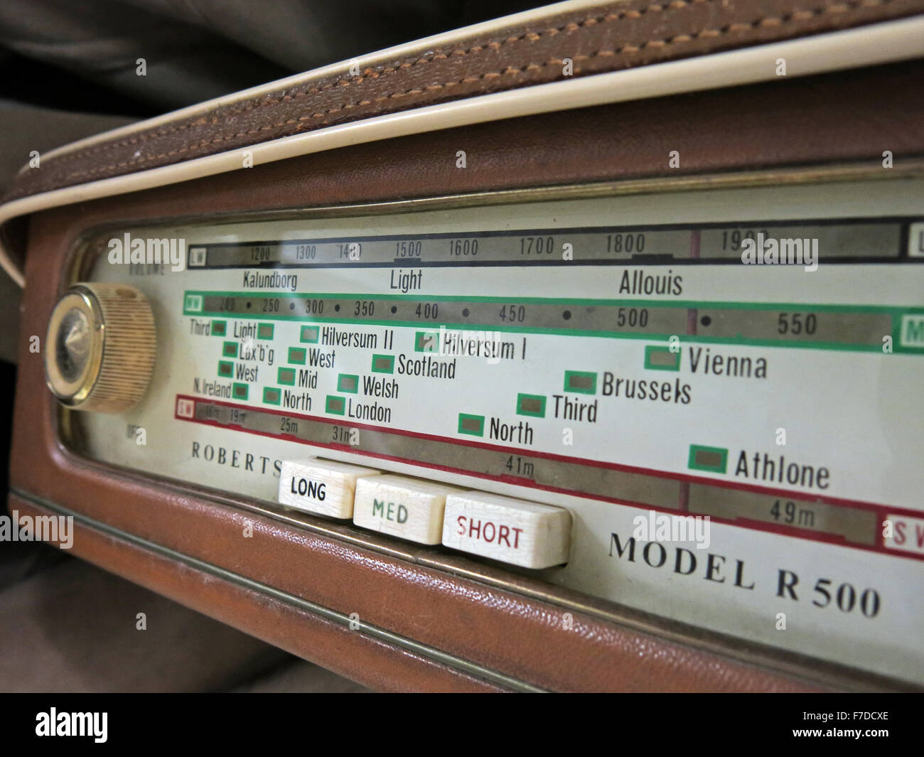 original,wireless,receiver,tech,technology,short,medium,long,wave,scale,old,analogue,transistor,valve,solid,state,solidstate,dial,welsh,London,Hilversum,button,buttons,colored,colour,coloured,tune,tuning,tuner,frequency,band,retro,style,icon,wire,less,brown,cream,creme,ivory,third,Brussels,MED,radio,GoTonySmith,radio,dial,model,R500,long,knob,Athlone,Vienna,Third,North,Allouis,49m,41m,metres,metre,Buy Pictures of,Buy Images Of,Model R500