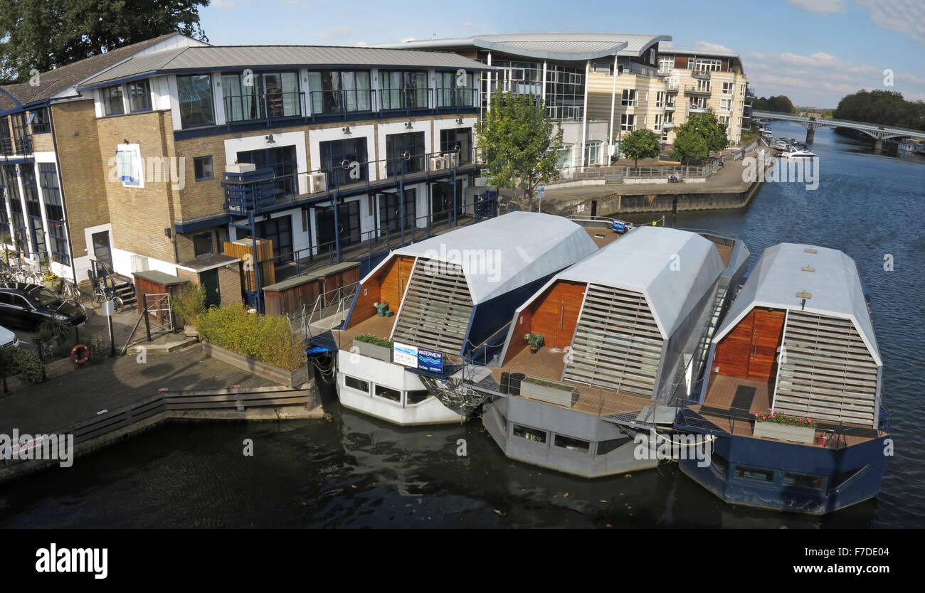 Expensive,housing,crisis,water,house,boat,boats,luxury,UK,Two,bedroom,bed,property,rightmove,sunny,yacht-houses,yacht,houses,house,Hampton Wick,Hampton,Wick,UKhousing,River,homes,river homes,bridge,bridge,bridges,2 bed,Panther Quay,Property Crisis,GoTonySmith,Buy Pictures of,Buy Images Of