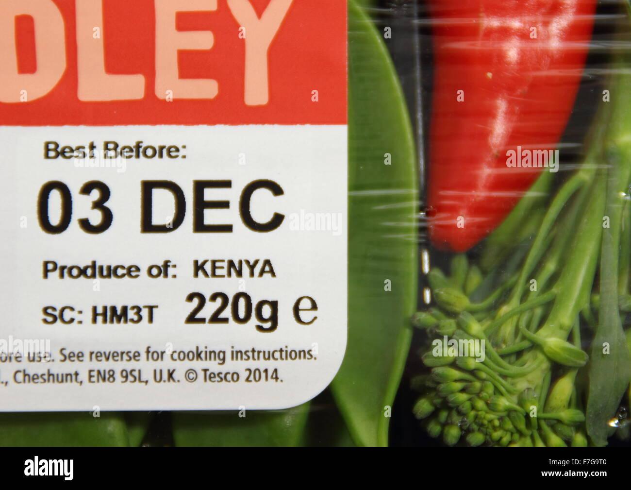 Best before label on packaging of a Stir Fry Medley of Kenyan vegetables from Tesco supermarket, England UK - Stock Image