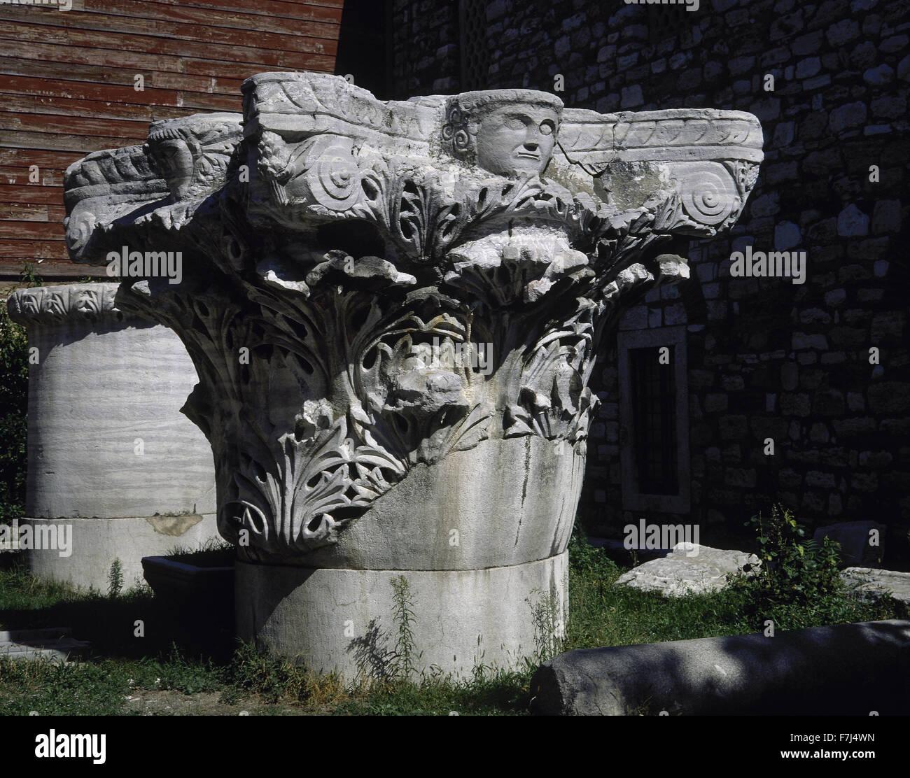 Corinthian capital with acanthus leaves. Garden of Topkapi Palace. Istanbul. Turkey. - Stock Image
