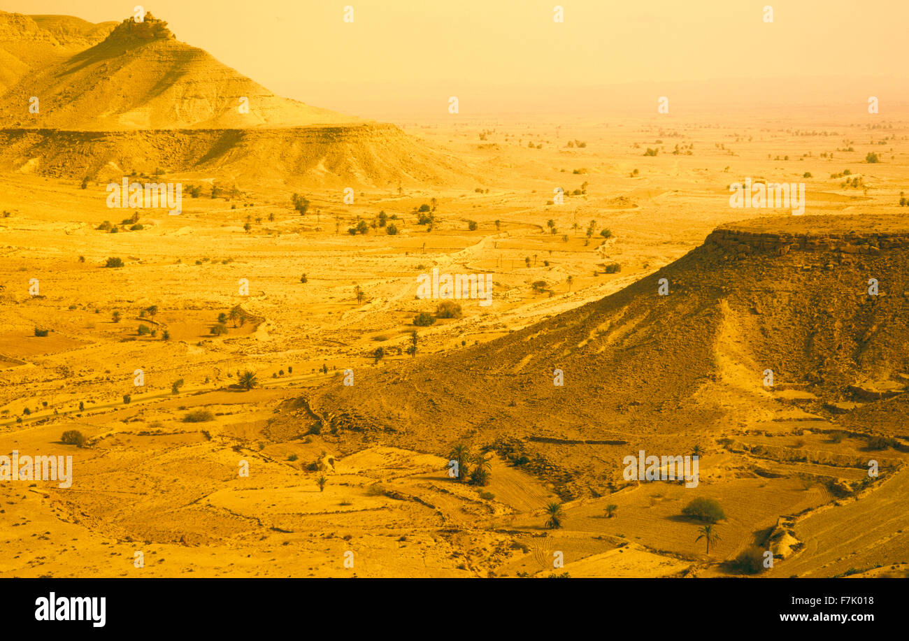 Desert lanscape near the Berber village of Chenini. Jebel region of southern Tunisia.North Africa. - Stock Image