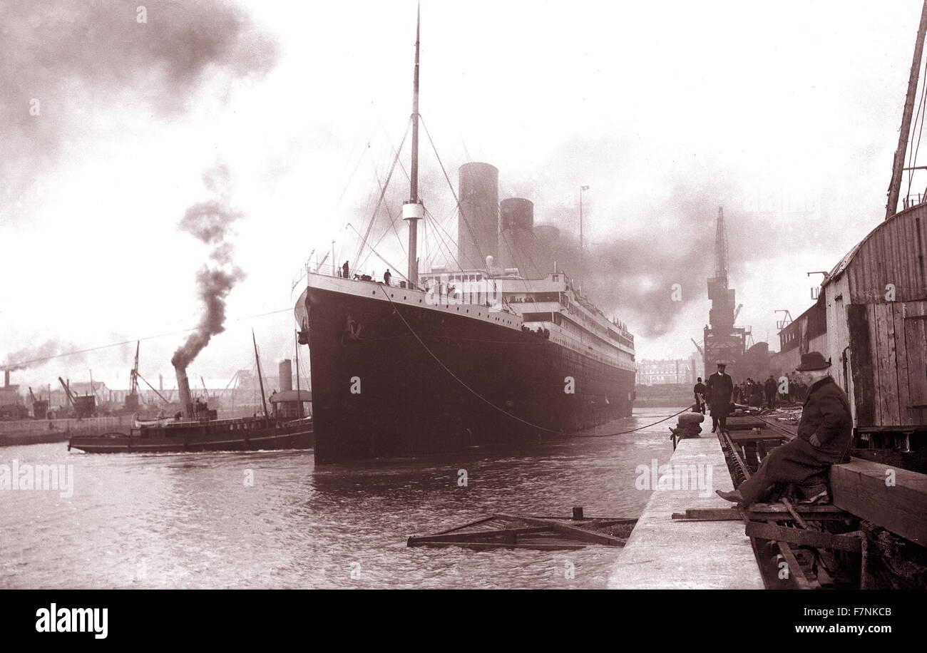 the SS Titanic leaving Southampton on April the 10th 1912 Stock Photo