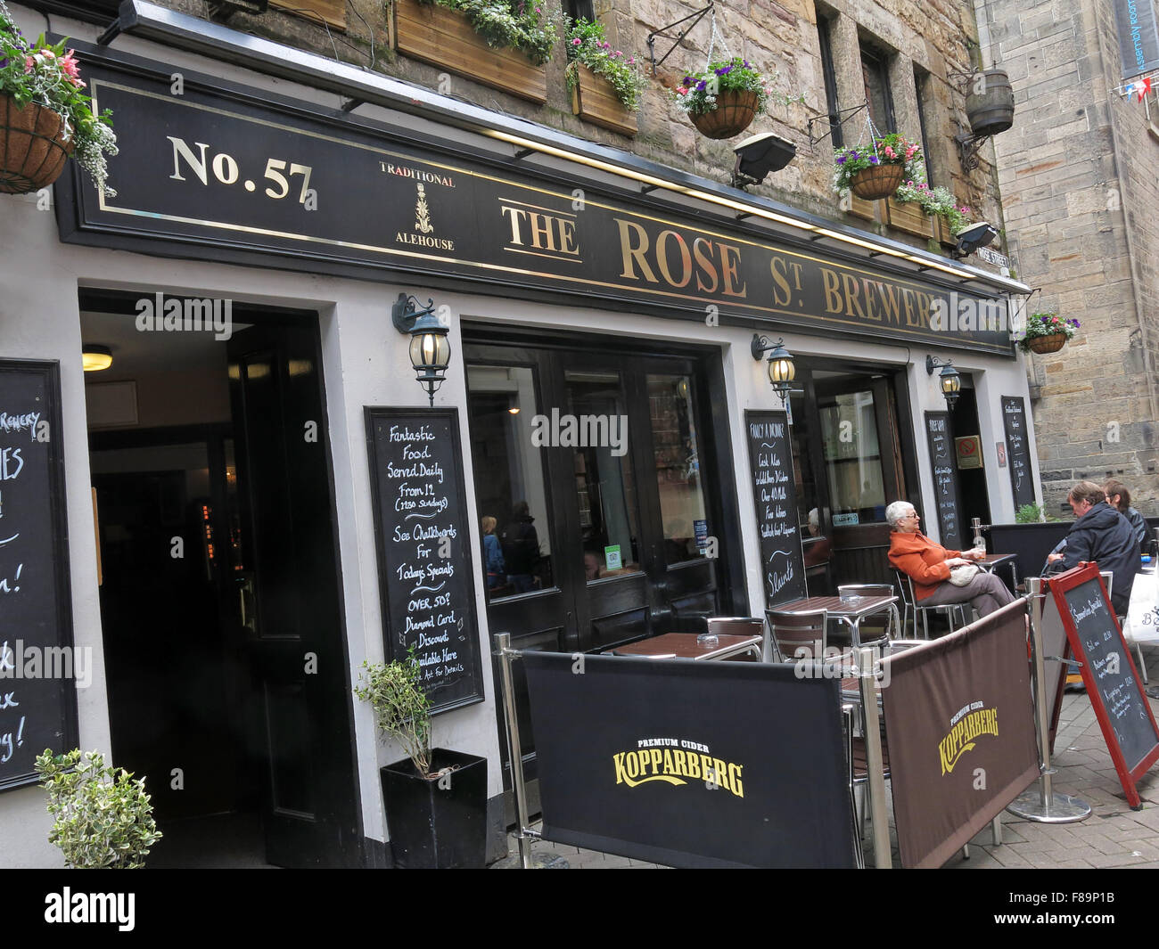 Pubs,stag,night,hen,nights,location,for,area,EDN,narrow,new,pedestrian,pedestrianised,scottish,shopping,st,street,town,center,rose street,Rose st,Rose St Brewery,GoTonySmith,drinking,culture,alcoholism,alcoholics,AA,outside,street,history,historic,Buy Pictures of,Buy Images Of,Edinburgh Pubs,Edinburgh Pub