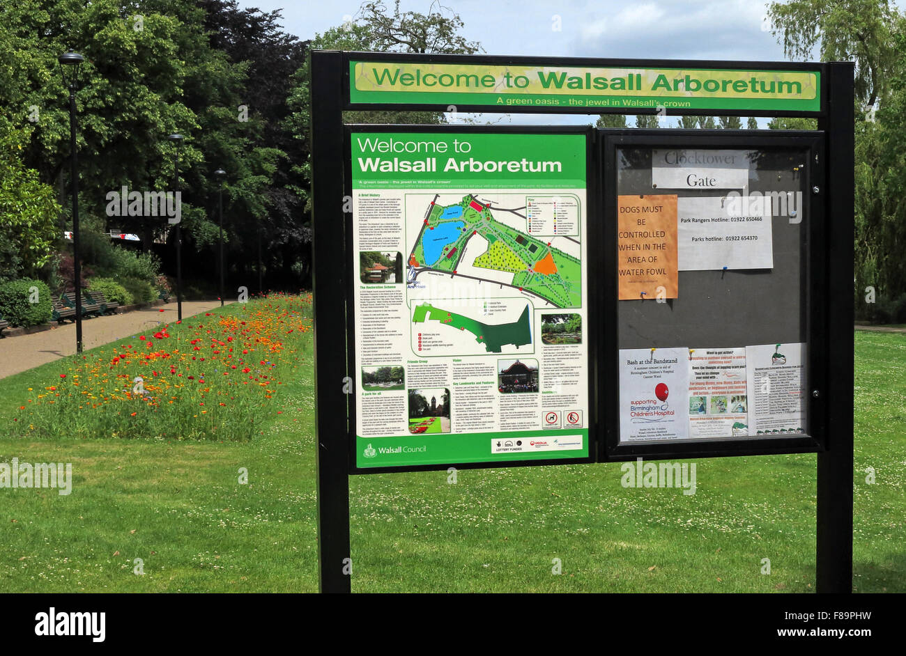 Welcome,to,English,Tree,Trees,collection,wild,flowers,public,space,Arbo,GB,UK,United,Kingdom,saddlers,sadler,MBC,Borough,Council,Victorian,park,park,entrance,clock,tower,lake,sign,flower,bed,town,map,info,information,Walsall Arboretum,West Midlands,Public spaces,Victoria Park,flower bed,GoTonySmith,West,Midlands,England,WS4,2BU,tourist,tourism,travel,to,Black,Country,Buy Pictures of,Buy Images Of,Lichfield St,WS4 2BU,Black Country,Walsall Black Country