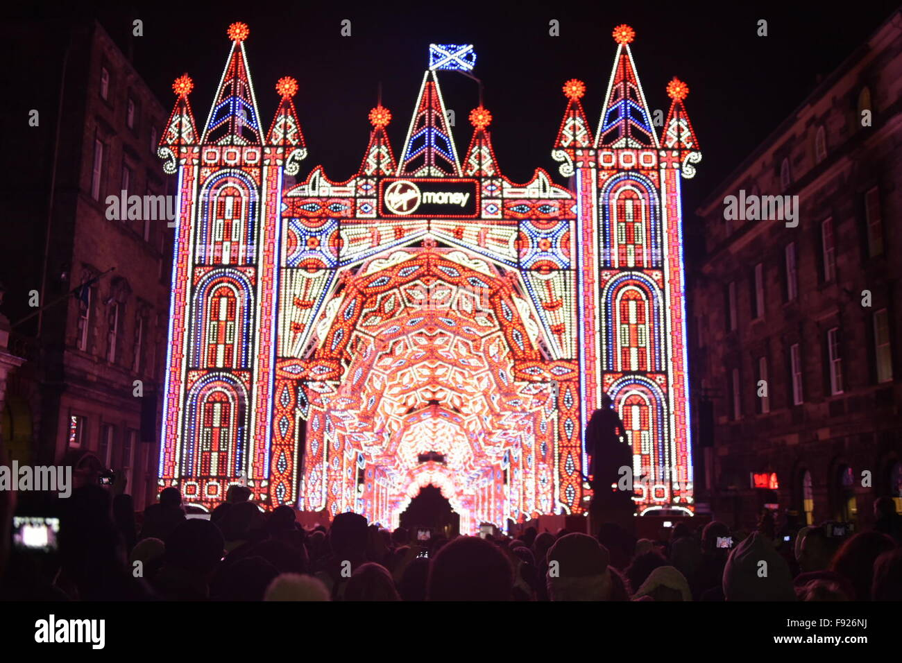 Edinburgh, Scotland, UK. 13th December, 2015. The Street of Light Christmas light show on the Royal Mile in Edinburgh: - Stock Image