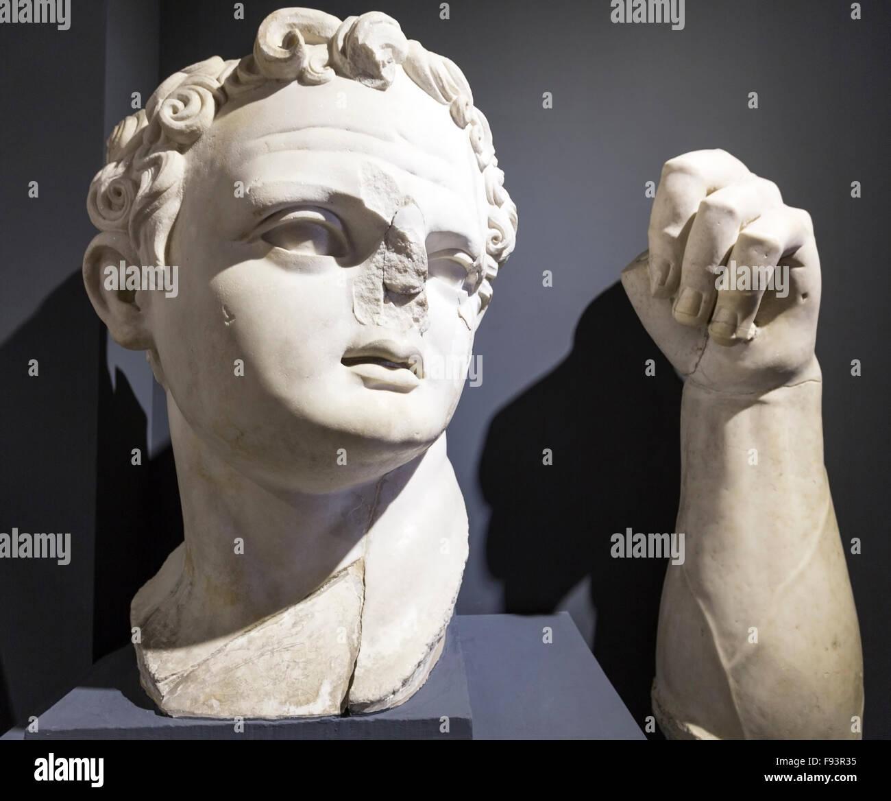 head-and-arm-of-emperor-domitian-in-ephe