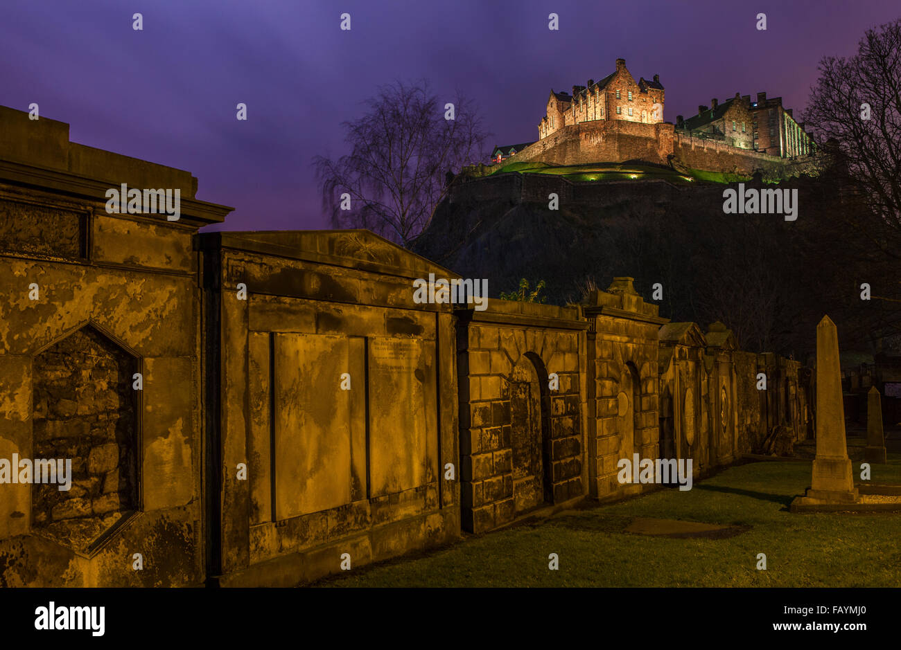 A stunning view of Edinburgh Castle from a Churchyard, Scotland. Stock Photo