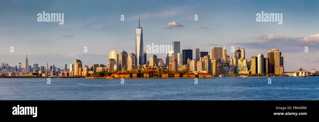 Panoramic of Lower Manhattan Financial District and New York skyscrapers. From Brooklyn Bridge to Midtown West and - Stock Image