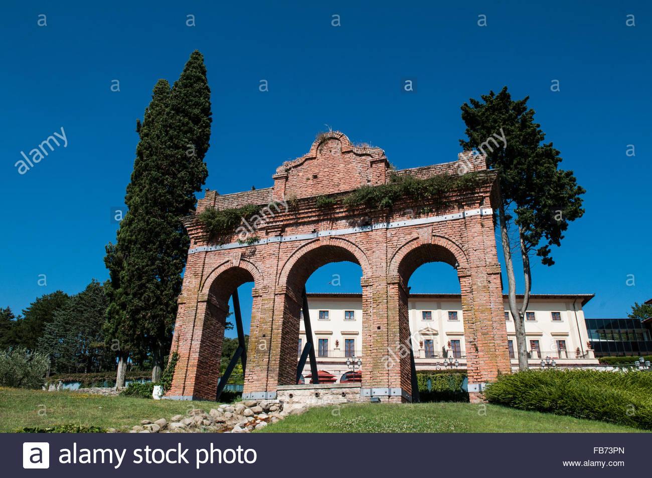 fonteverde terme,san casciano dei bagni,italy Stock Photo: 92969709 ...