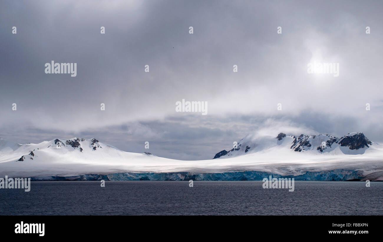 Glaciated coastline of South Orkney Islands - Stock Image