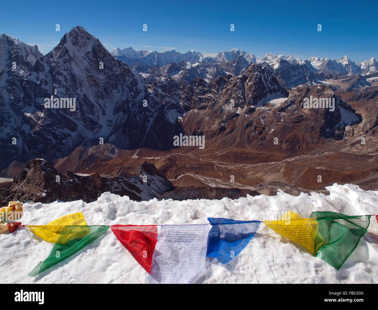 view from summit ridge of Lobuche East peak - Stock Image