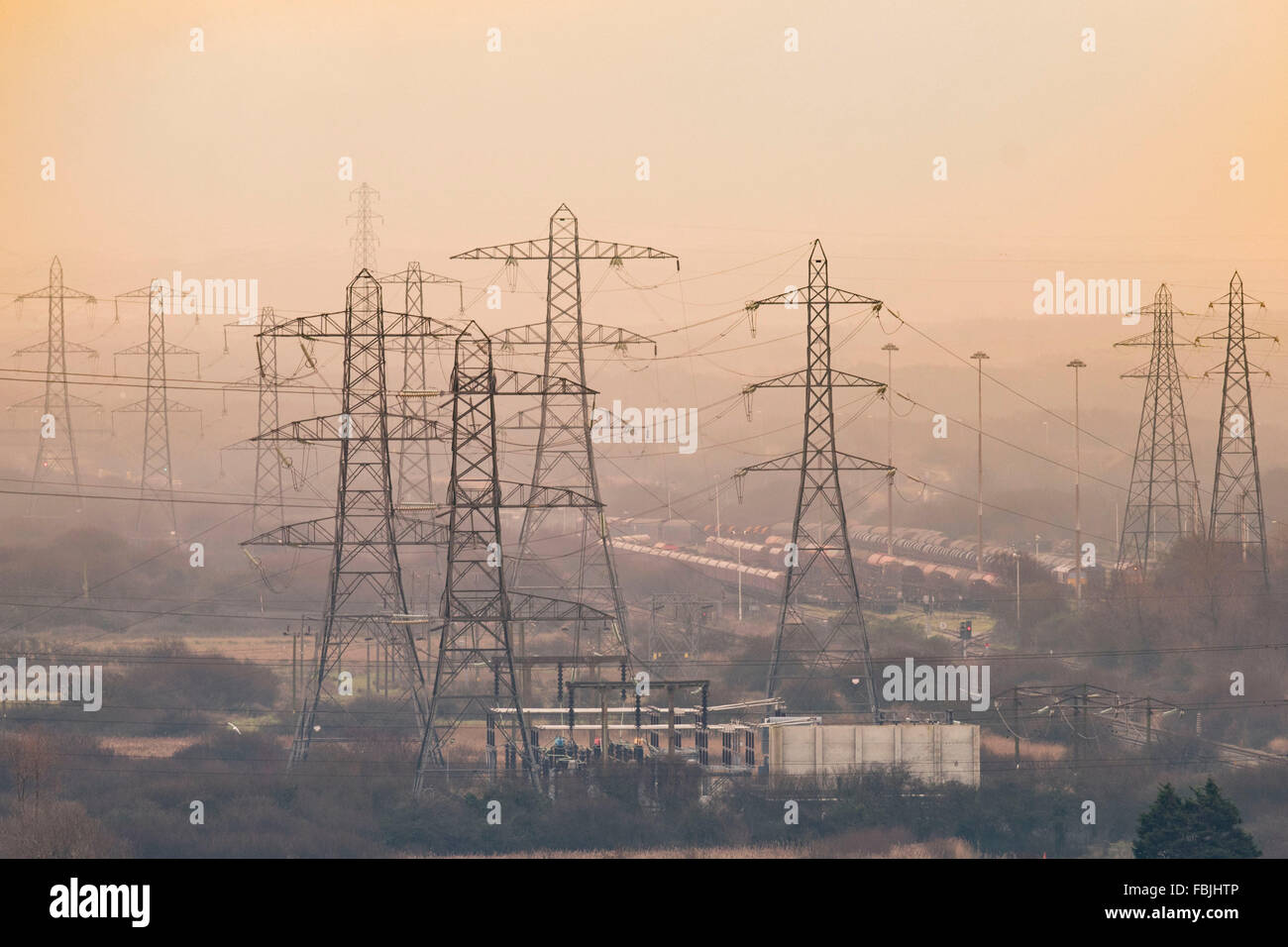 electricity-pylons-for-the-national-grid