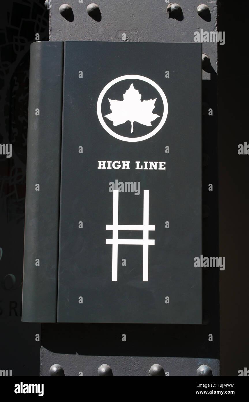 New York Usa The High Line Symbol On An Iron Pillar The High Line