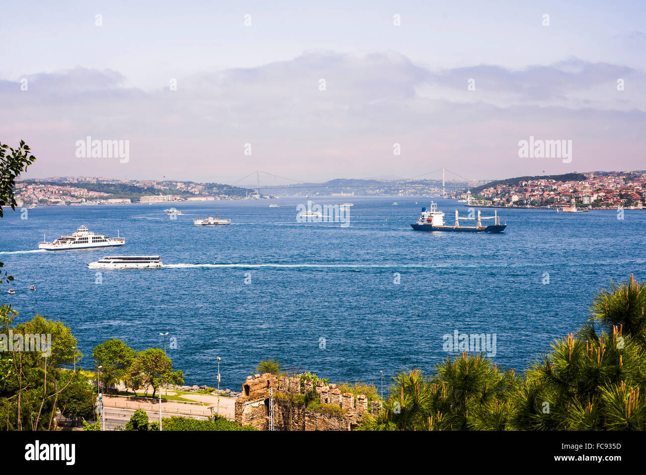 Bosphorus Strait, with European Istanbul on left and Asian Istanbul on right, Istanbul, Turkey, Europe, Eurasia - Stock Image