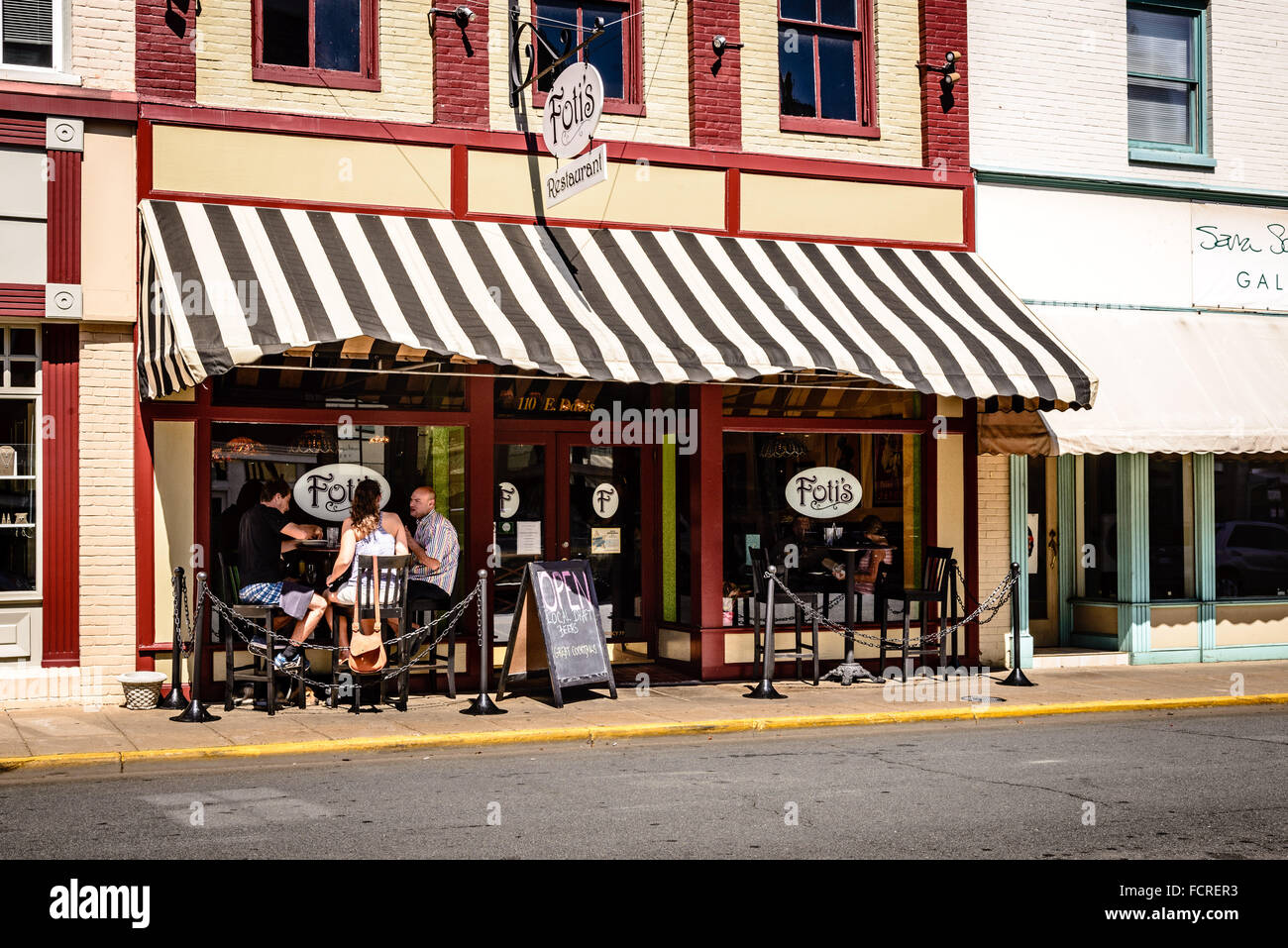 Fotis Restaurant 110 East Davis Street Culpeper Virginia Stock