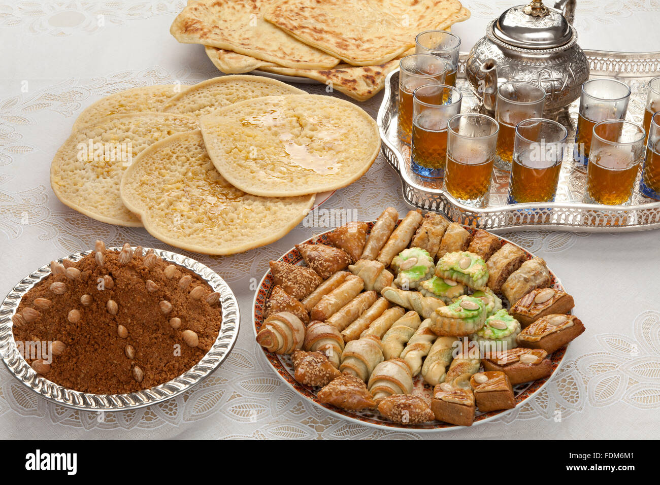 Most Inspiring Jordan Eid Al-Fitr Food - traditional-moroccan-teacookies-almond-sellou-and-pancakes-at-id-al-FDM6M1  Pictures_697997 .jpg