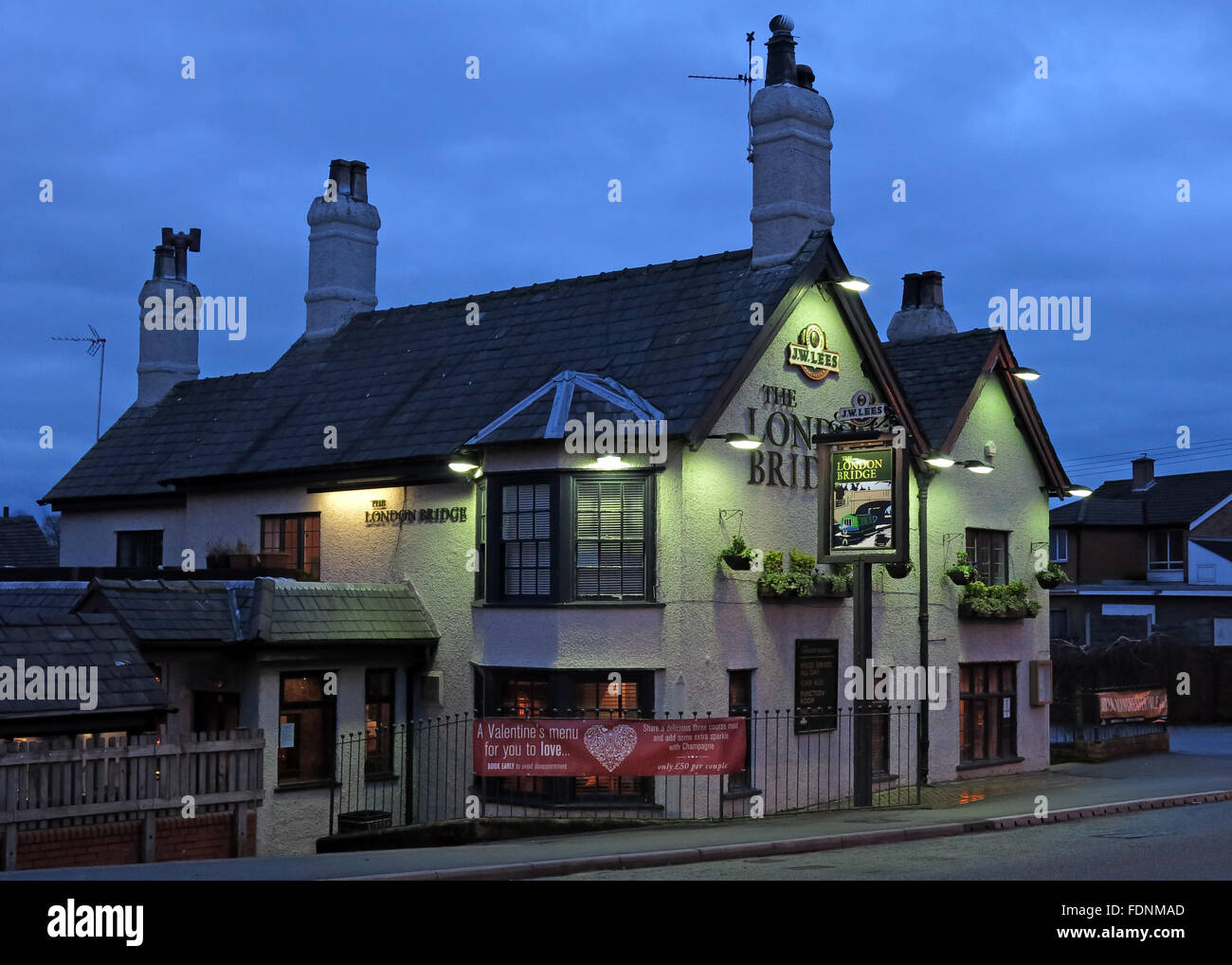 Lees,dusk,night,time,nighttime,beer,ale,house,alehouse,winter,the,south,Cheshire,England,UK,GB,Great,Britain,road,A49,lit,lights,nightshot,shot,South,Appleton,United Kingdom,South Warrington,GoTonySmith,@HotpixUK,WA45BG,pubs,bars,of,London,classic,tourist,attraction,travel,vacation,Buy Pictures of,Buy Images Of,Images of,Stock Images,WA4 5BG,Pubs Of London,must see