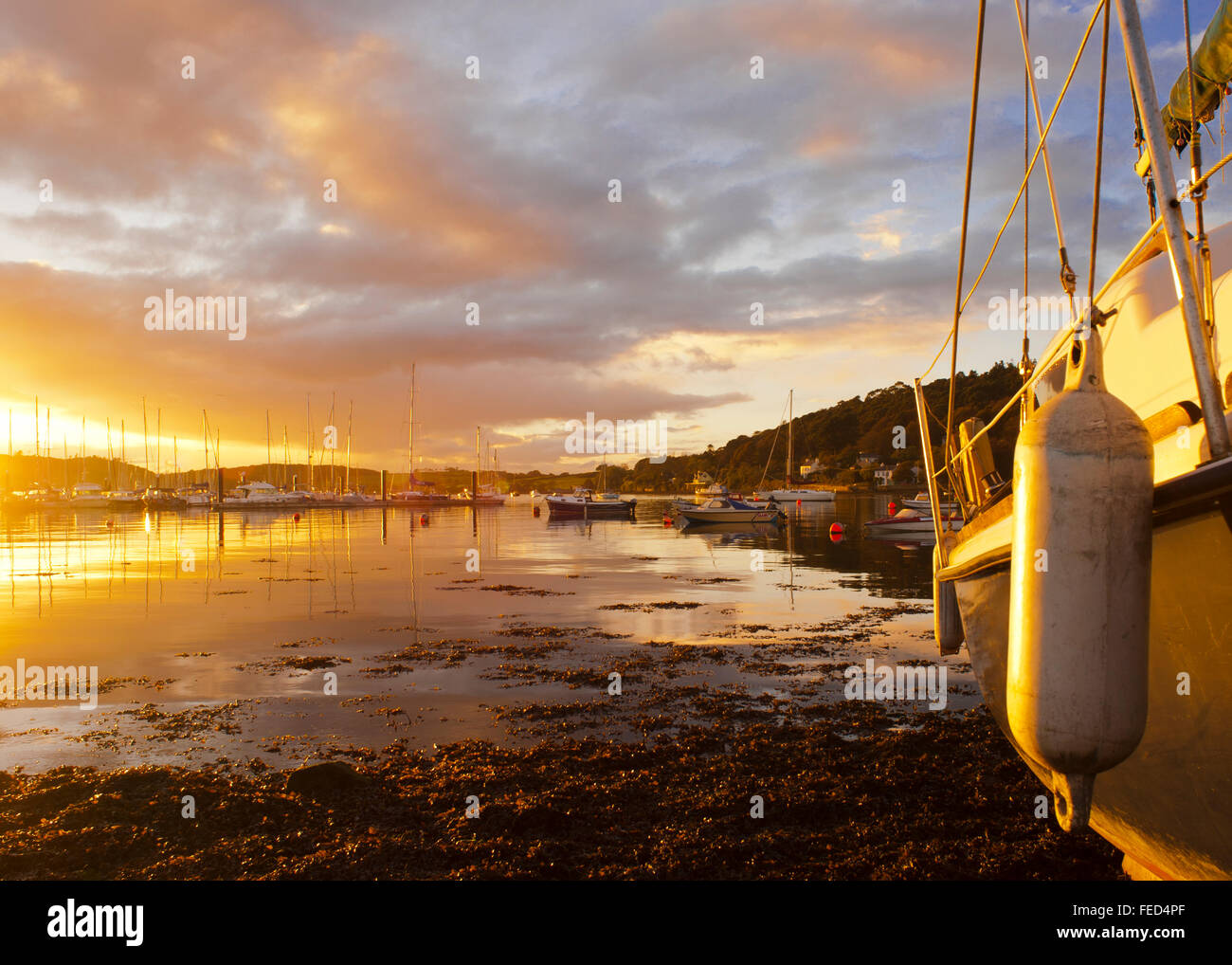 sunset-in-crosshaven-co-cork-ireland-with-copy-space-FED4PF.jpg