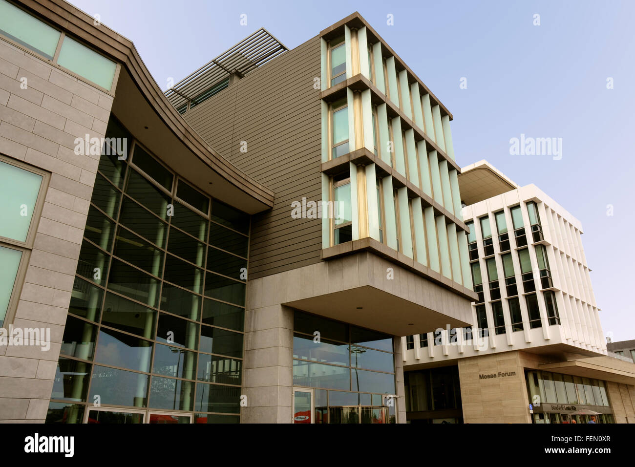 Exterieur of the Mosae Forum Complex (designed by Maastricht architect Jo Coenen). - Stock Image