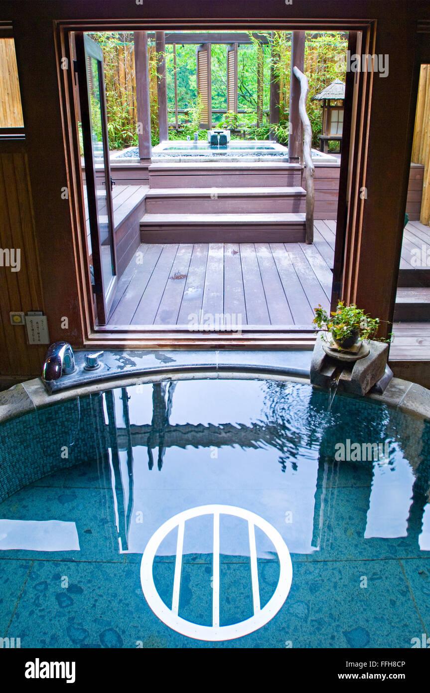 Colorful Japanese Baths Ensign - Bathtub Design Ideas - klotsnet.com
