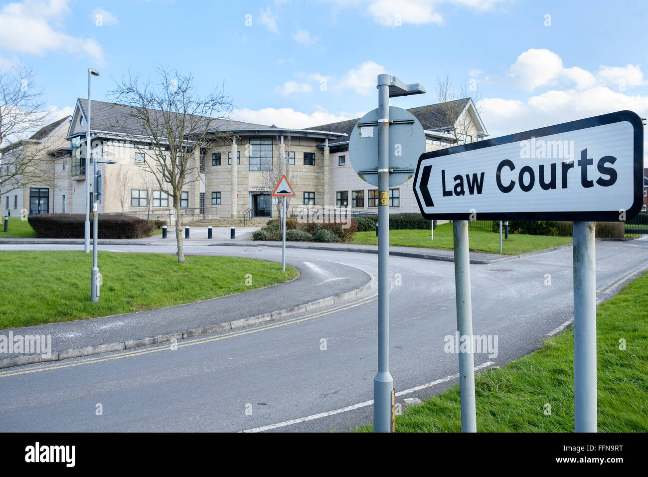 Chippenham, UK, 16th February 2016.  As part of a £700 million cost-cutting exercise the Ministry of Justice has Stock Photo