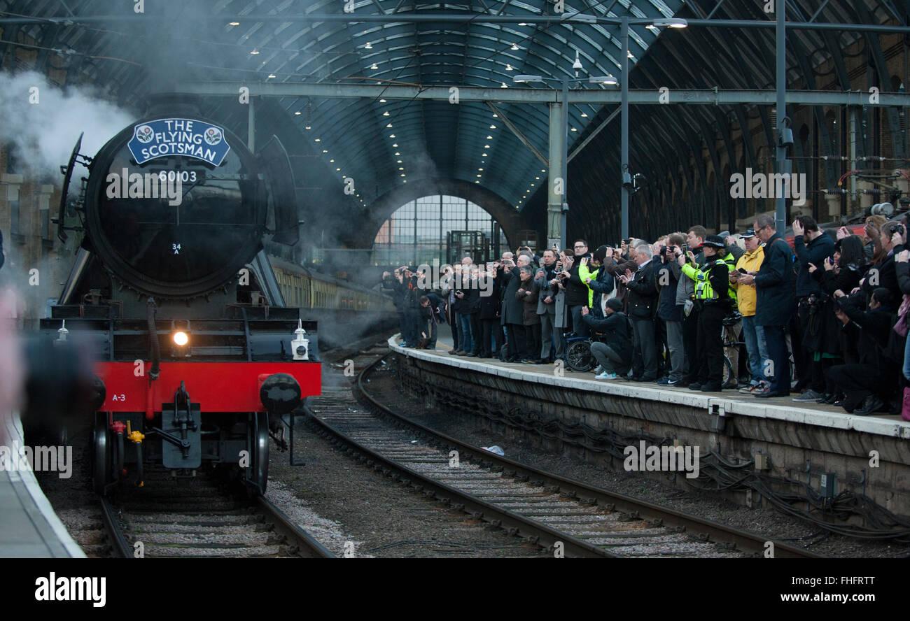 kings-cross-station-london-uk-25th-febru