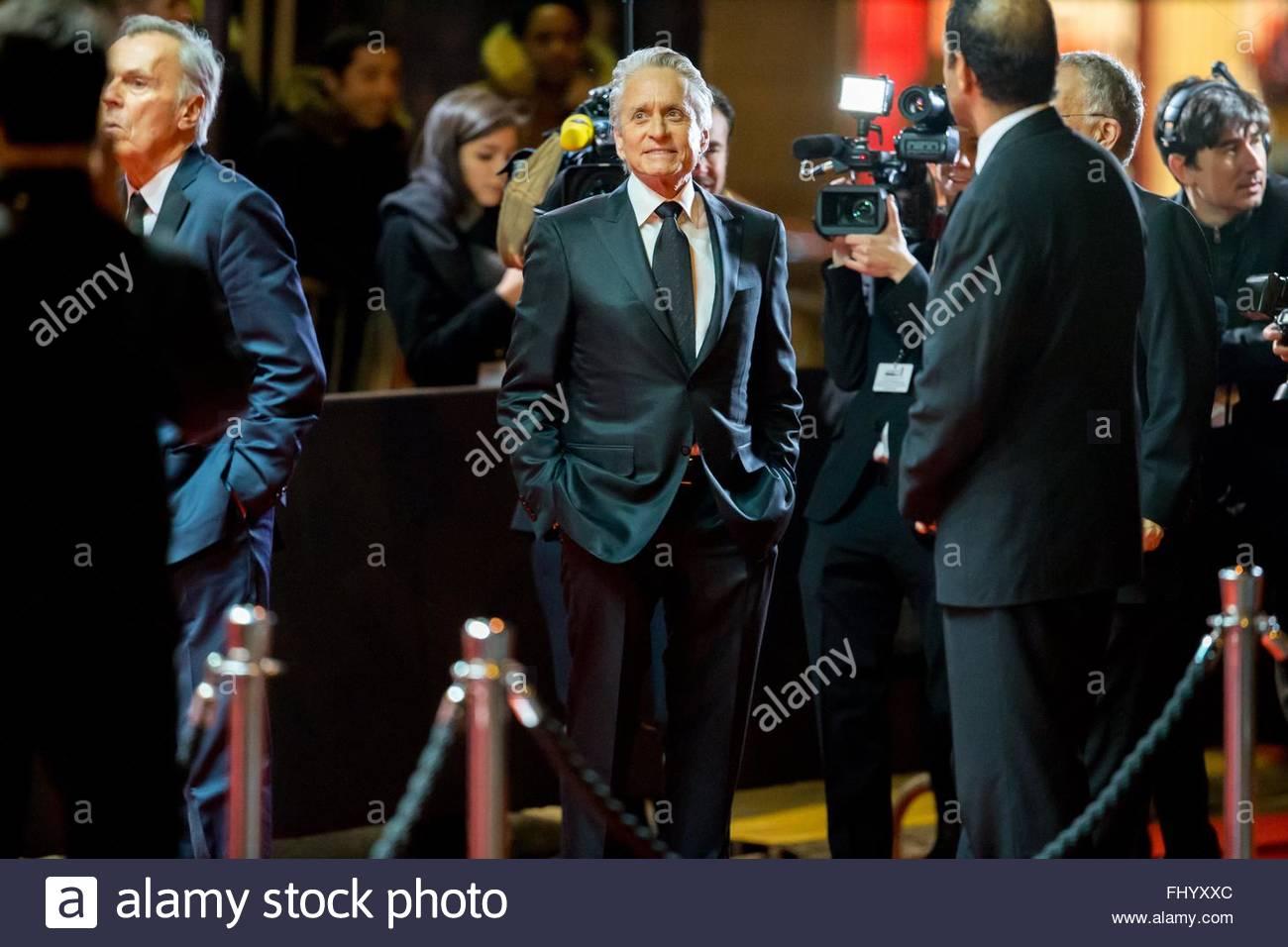 Paris, France. February 26th, 2016. FRANCE, Paris: US actor Michael Douglas walks on the red carpet of the 41st Stock Photo