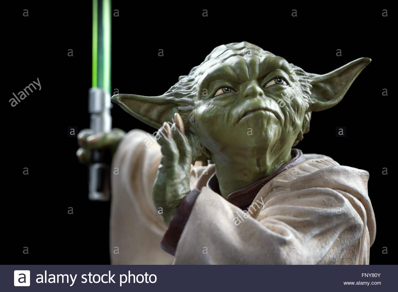 star-wars-yoda-jedi-master-limited-editi