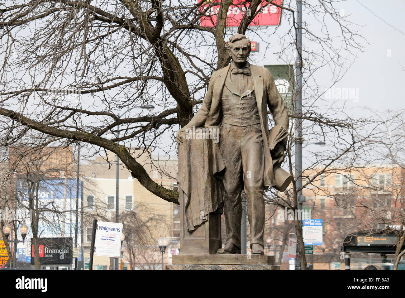 statue-of-abraham-lincoln-lincoln-square