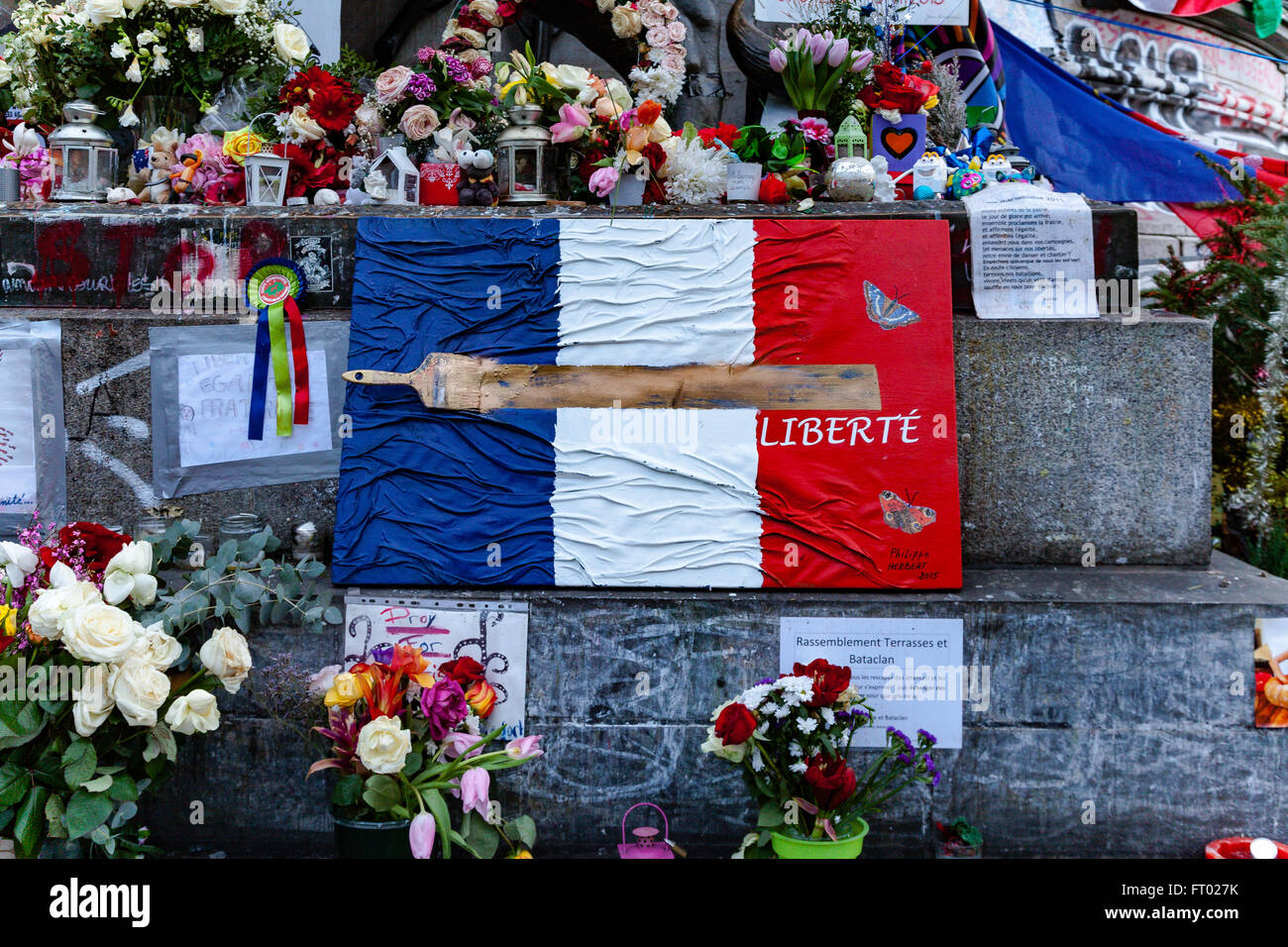 Tributes to victims of terrorism in Paris France - Stock Image