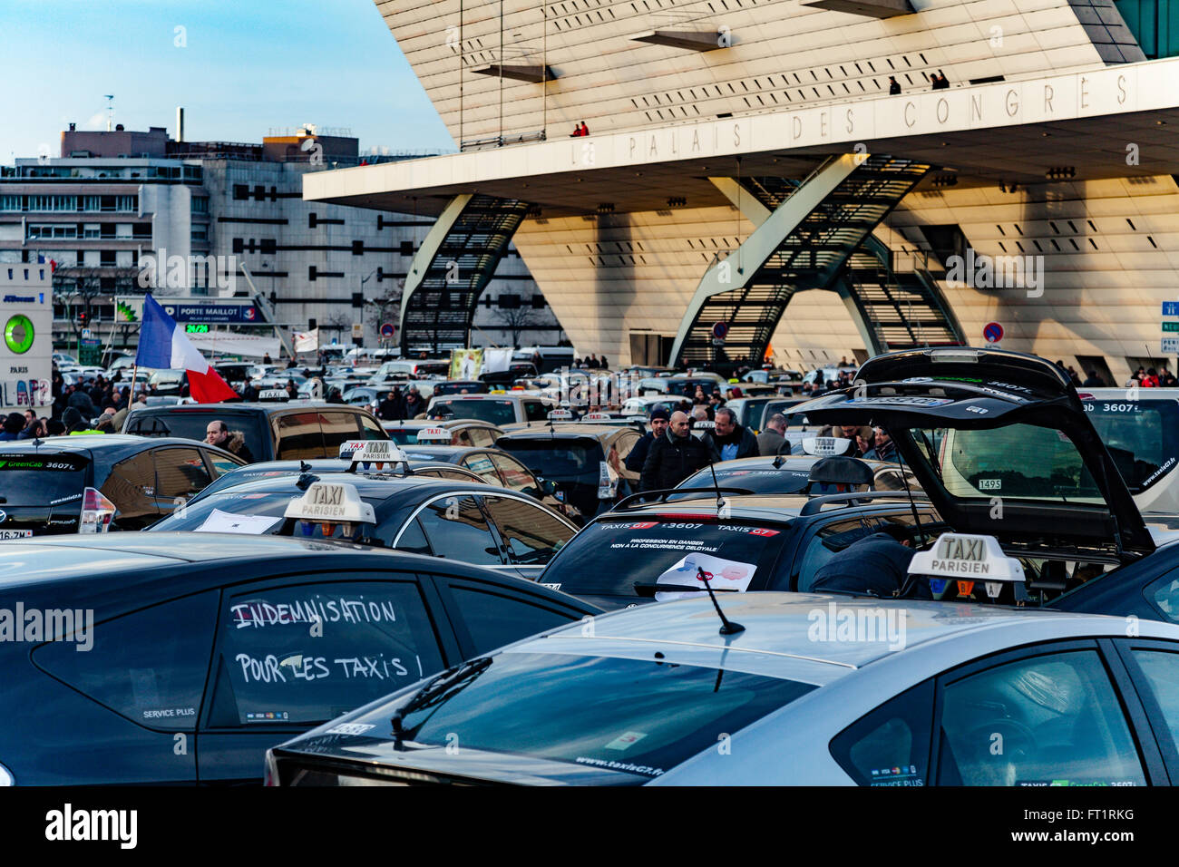 French parisian Taxis on strikes against Uber - Stock Image
