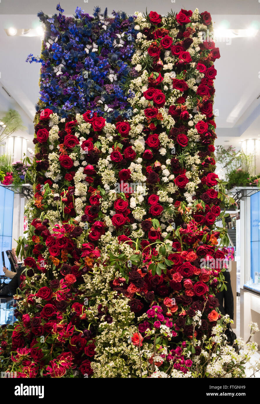 Macys Annual Flower Show The American Flag Composed Of Roses And