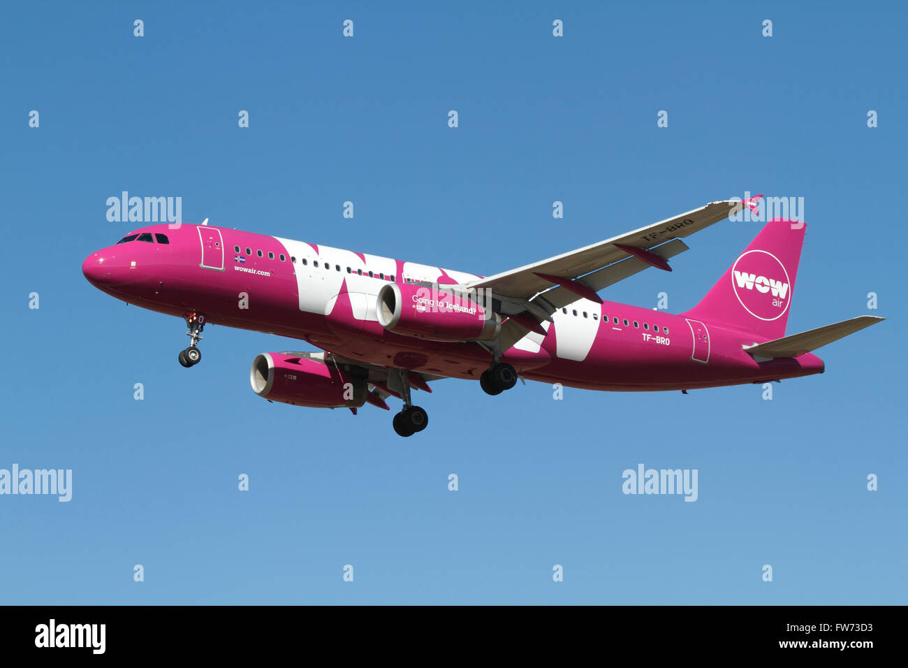 wow-air-airbus-a320-tf-bro-flight-ww902-