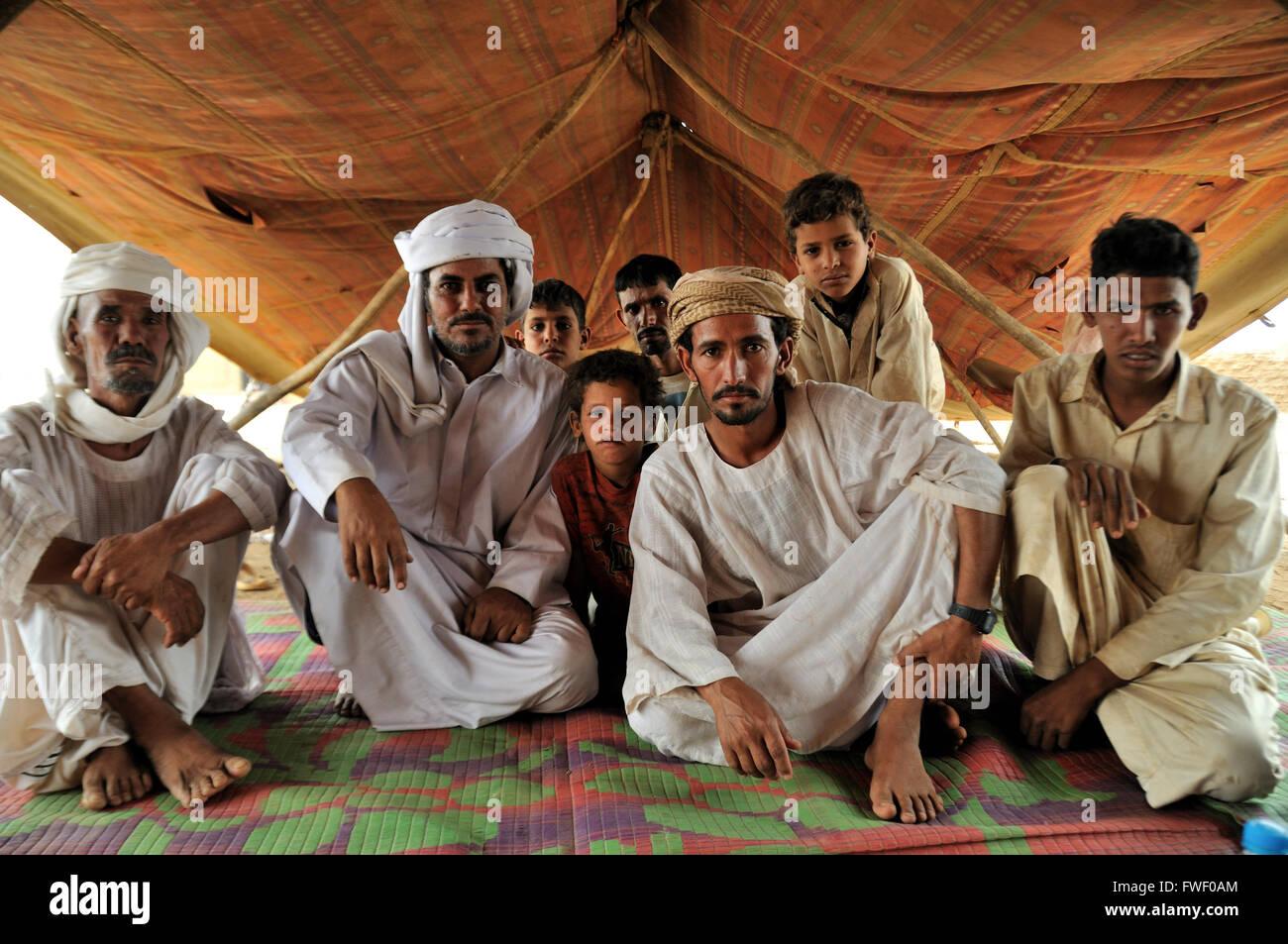 Men, Rashaida camp near Kassala - Stock Image