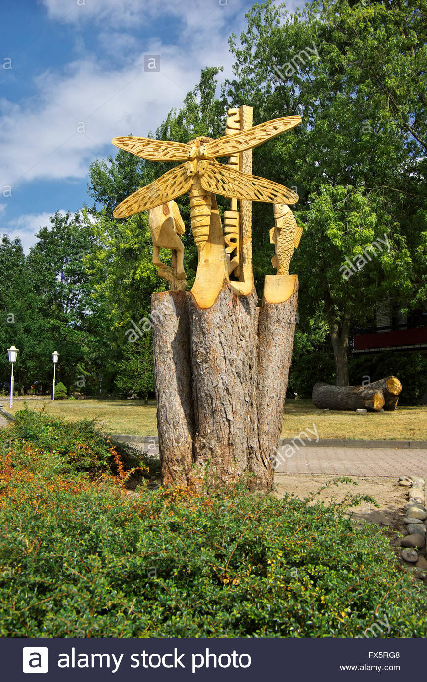 Wood Sculpture By Horst Nebel At The Haus Am See   Seestern, By The Shore  Of Lake Haselünne In Emsland, Lower Saxony, Germany