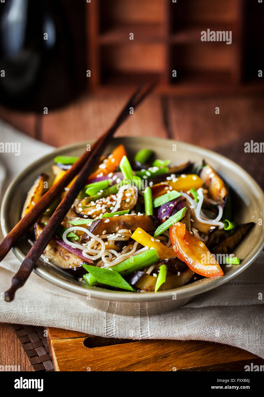 Delicious asian rice noodles with vegetables (wok) - Stock Image