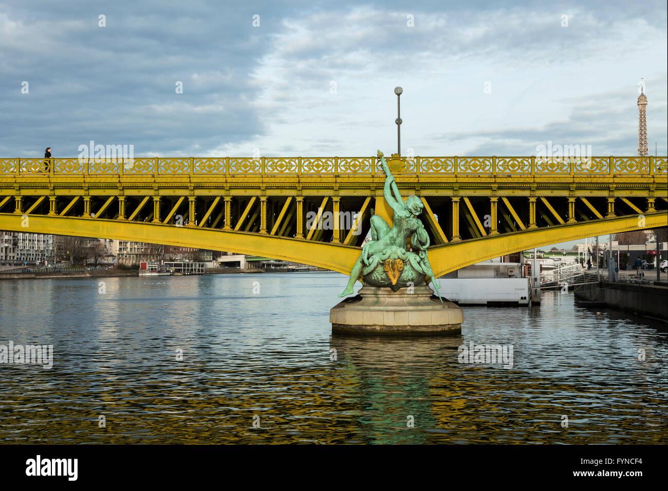 Mirabeau bridge, pont mirabeau, paris, 2015 - Stock Image