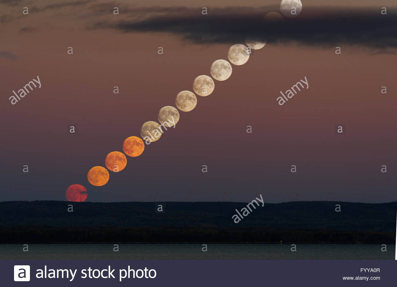 moonrise-sequence-FYYA0R.jpg