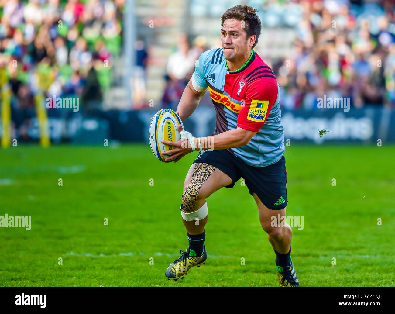 London, UK. 7th May, 2016. Harlequins  player - Ben Botica was in action during the Aviva Premiership Rugby - Harlequins - Stock Image