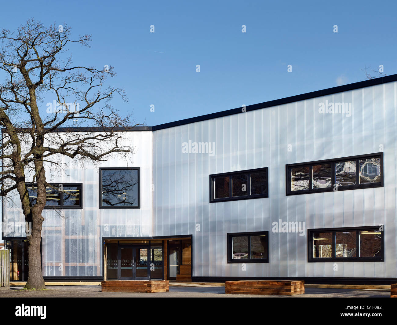 Exterior graveney school sixth form block london united