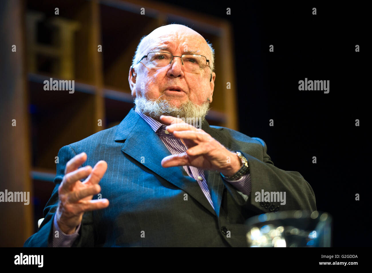 Thomas Keneally Australian novelist speaking on stage at Hay Festival 2016 - Stock Image