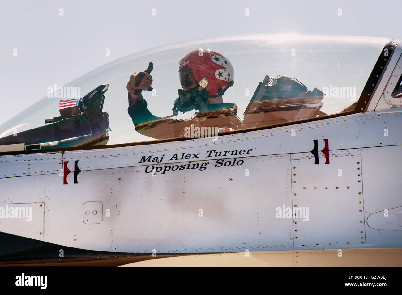 G Force Comp 2 A S >> U.S Air Force Thunderbirds F-16 Fighting Falcon fighter pilot Maj Stock Photo: 105047002 - Alamy